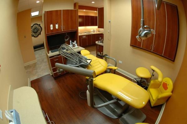 dentist-wheeling-il1